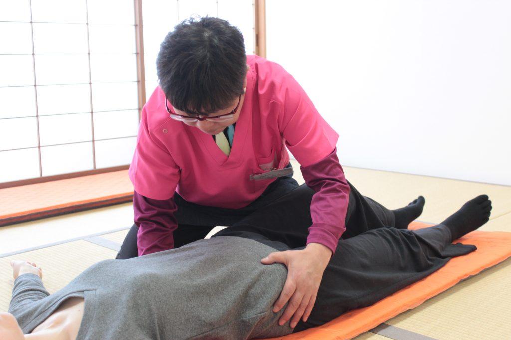 由美先生、腰背部弛緩法