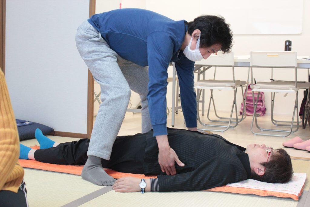 内臓調整法・難波江先生