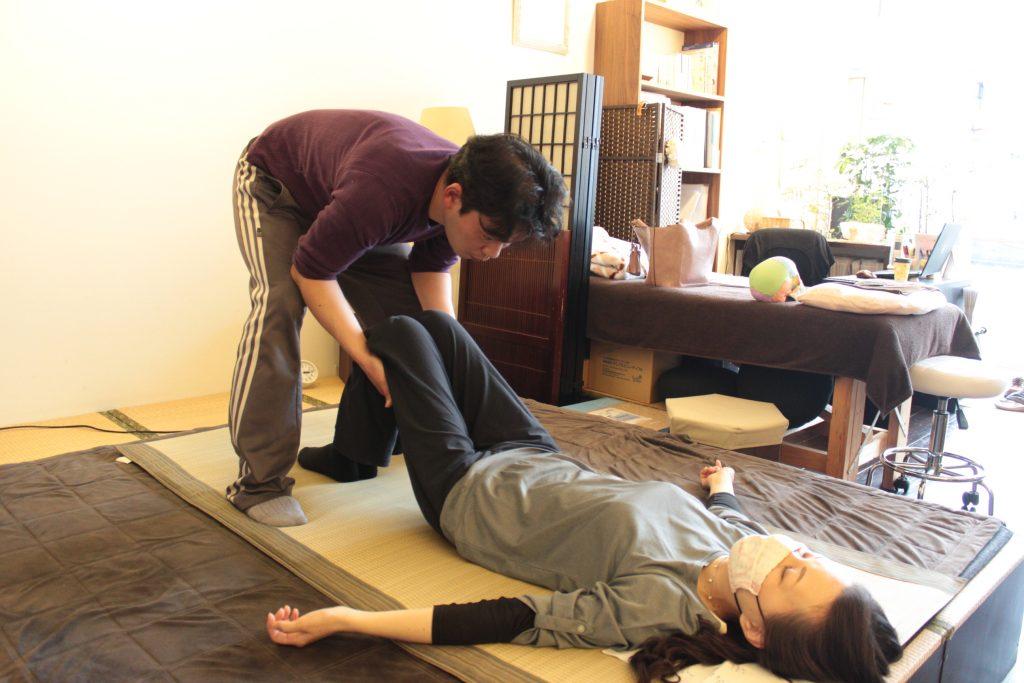 体幹牽引弛緩法