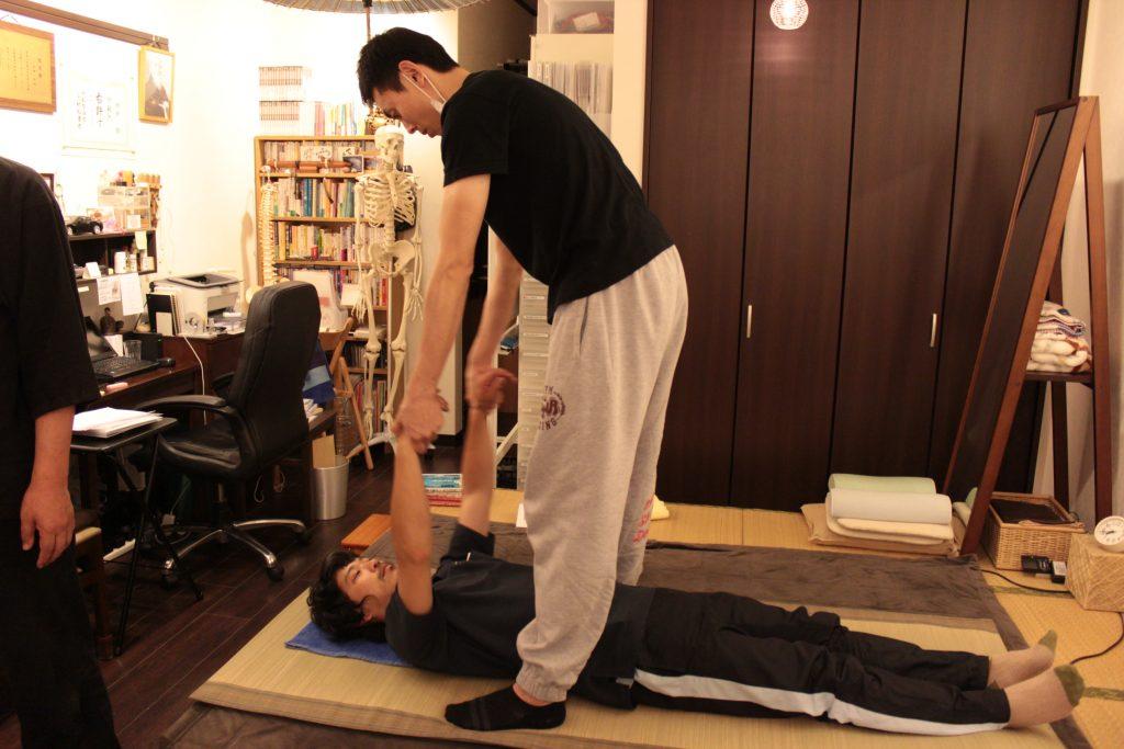 ベーシック・セブンの練習(肩部可動法)