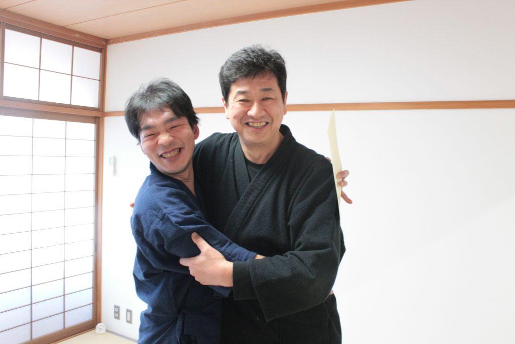 佐野先生とハグ